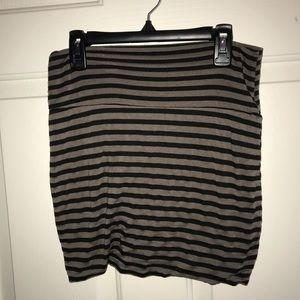 Black/tan striped mini skirt